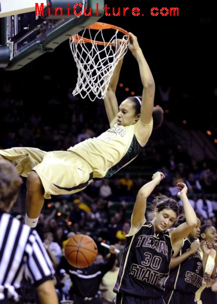 Baylor Phenom Brittney Griner Women's Hoops